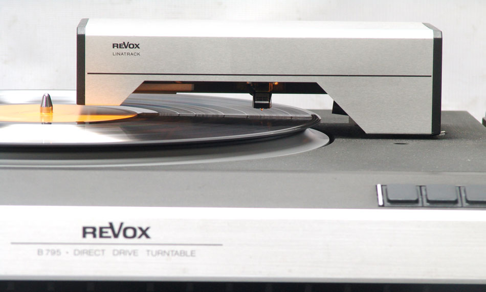 revox-b795-arm.jpg